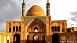 mosque-in-iran